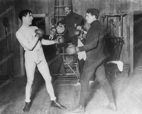 Boxers Training At Coopers Gym 1915 Vintage 8x10 Reprint Of Old Photo