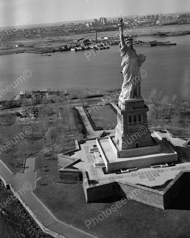 Statue Of Liberty, Liberty Island NY Vintage 8x10 Reprint Of Old Photo