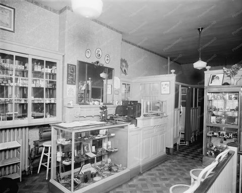 Beauty Shop Vintage Old 8x10 Reprint Of Photo - Photoseeum