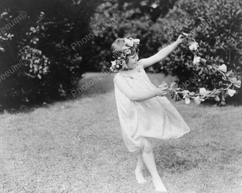 Victorian Girl Frolics W Flower Garland 8x10 Reprint Of Old Photo