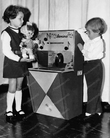 Boxino Children's 1960's Jukebox 8x10 Reprint Of Old Photo