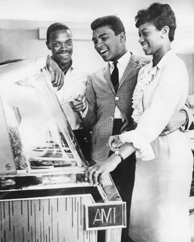 AMI Jukebox Cassius Clay Muhammad Ali &  Friends 8x10 Reprint Of Old Photo - Photoseeum