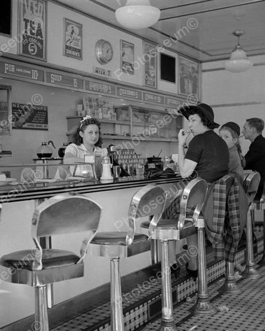 White Tower Diner Waitress At Counter 8x10 Reprint Of Old  Photo - Photoseeum