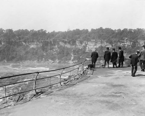 Niagara River People At Look Out Old 8x10 Reprint Of Photo