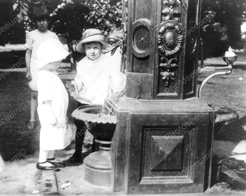 Adorable Children At Antique Fountain 8x10 Reprint Of Old Photo