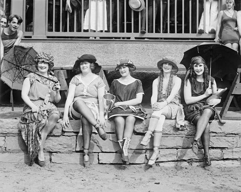 Bathing Suit Competition Pretty Ladies Vintage 1920s 8x10 Reprint Of Old Photo