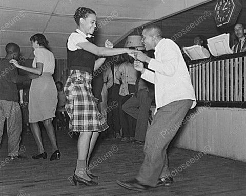 Black Couple Get Down At Juke Dance! 8x10 Reprint Of Old Photo - Photoseeum