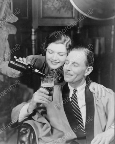Distinguished Couple Share A Beer 1950s 8x10 Reprint Of Old Photo - Photoseeum