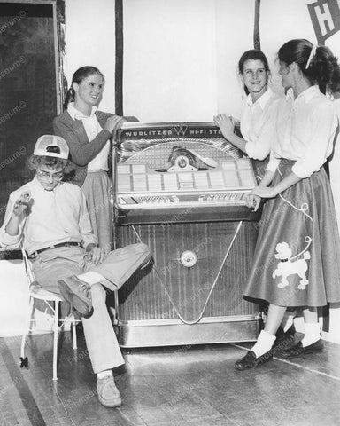 Wurlitzer Jukebox Model 2404S 1960 Vintage 8x10 Reprint Of Old Photo - Photoseeum