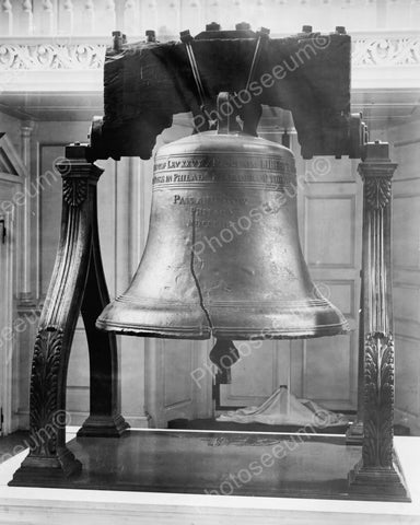 Antique Liberty Bell Up Close Vintage 8x10 Reprint Of Old Photo
