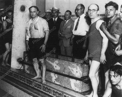 Houdini Ready To Enter Pool 8x10 Reprint Of Old Photo