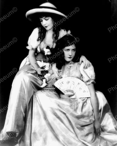 Dorothy Gish & Lilliann Gish Vintage 8x10 Reprint Of Old Photo