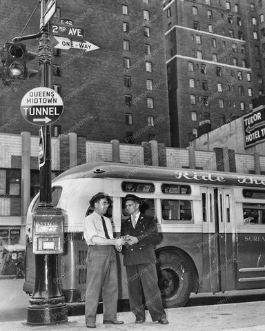 New York City Touring Bus Drivers Greet Vintage 8x10 Reprint Of Old Photo