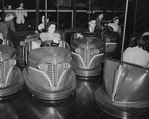 Bumper Car Riders Connecticut 1940s 8x10 Reprint Of Old Photo
