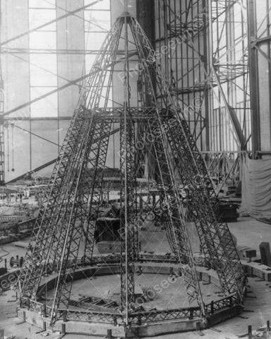 Construction Of German Zeppelin Rear End 8x10 Reprint Of Old Photo