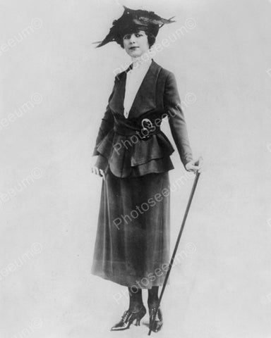 Woman Models Fancy Clothes To Go Out 1918 Vintage 8x10 Reprint Of Old Photo - Photoseeum