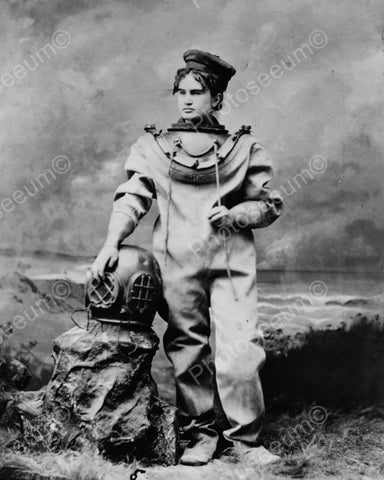Deep Sea Diver Viintage 8x10 Reprint Of Old Photo