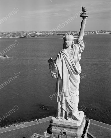 Statue Of Liberty, Liberty Island Manhattan Vintage 8x10 Reprint Of Old Photo