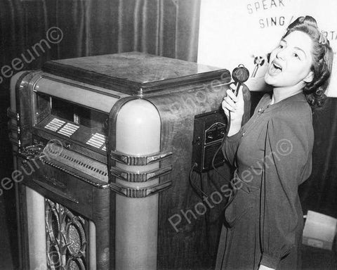 Wurlitzer Jukebox Model 500 with Sing Along Mike 8x10 1938 Reprint Of Old Photo
