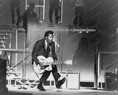 Chuck Berry In Concert Vintgage  8x10 Reprint Of Old Photo - Photoseeum