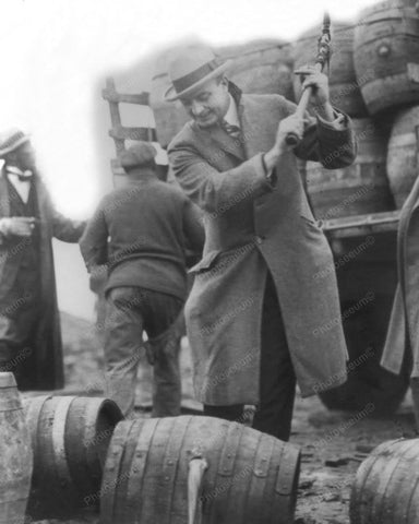 Destroying Beer 1924 Vintage 8x10 Reprint Of Old Photo - Photoseeum