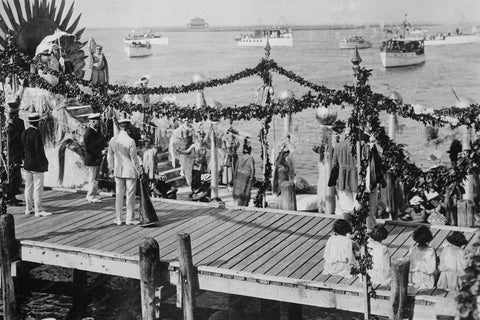 Atlantic City Carnival by the Ocean 1920s 4x6 Reprint Of Old Photo - Photoseeum