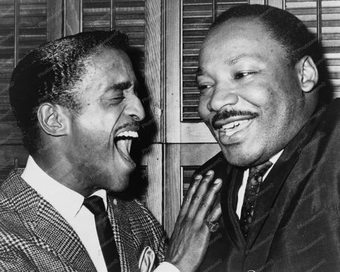 Dr Martin Luther King &  Sammy Davis Jr 8x10 Reprint Of Old Photo - Photoseeum