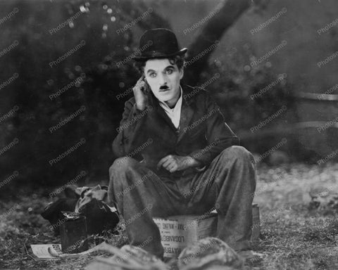 Charlie Chaplin Pose The Circus 1920s 8x10 Reprint Of Old Photo