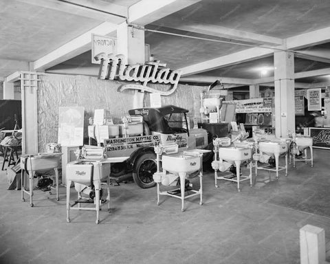 Maytag Ringer Washing Machine Showroom 8x10 Reprint Of Old Photo