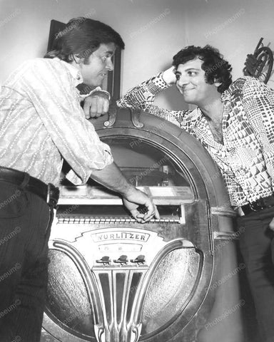 Wurlitzer Jukebox 750 Nader and Clark Vintage 8x10 Reprint Of Old Photo - Photoseeum
