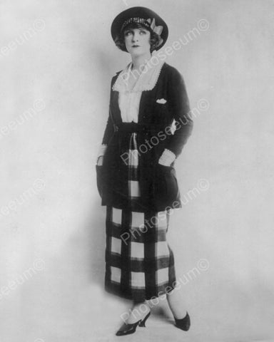 Women Modeling Clothing 1920 Vintage 8x10 Reprint Of Old Photo - Photoseeum