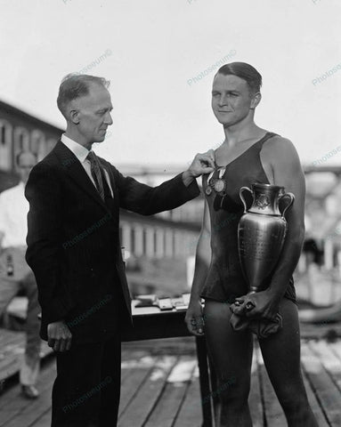 Clarence Ross Winner First 3 Mile Swimming Race 1925 8x10 Reprint Of Old Photo