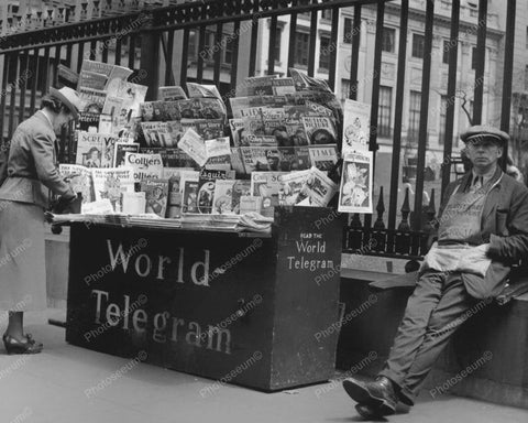 World Telegram News Stand Vintage 8x10 Reprint Of Old Photo