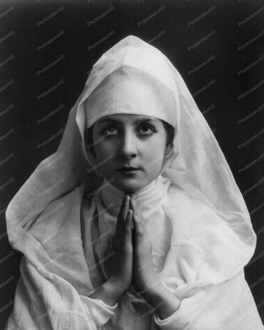 Victorian Praying Nun Portrait 1900s 8x10 Reprint Of Old Photo - Photoseeum