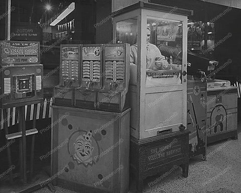 Gypsy Fortune Teller Machine Arcade 1960 8x10 Reprint Of Old Photo