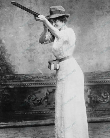Woman Firing Shotgun Trapshooting 1914 Vintage 8x10 Reprint Of Old Photo