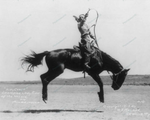 Champion Western Lady Horse Rider 1919 Vintage 8x10 Reprint Of Old Photo