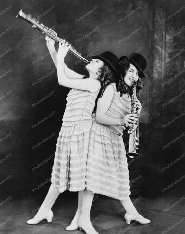 Daisy & Violet Hilton Play Music 1920s 8x10 Reprint Of Old Photo