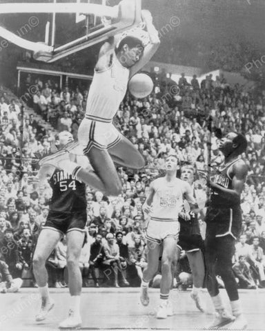 Basketball Kareem Abdul-Jabbar Scores Backward Vintage 8x10 Reprint Of Old Photo