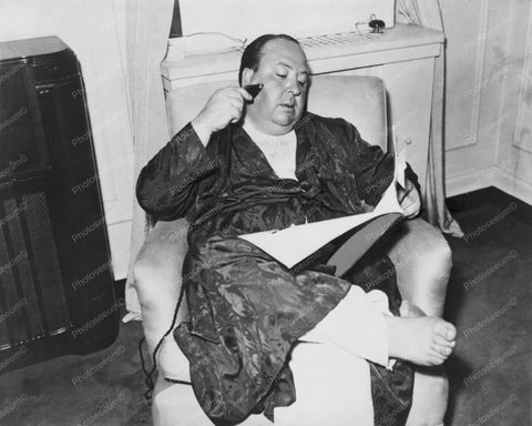 Alfred Hitchcock Barefoot In Bathrobe 8x10 Reprint Of Old Photo