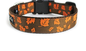 Back side of the Fall Leaves Dog Collar, showing the pattern repeating along the collar