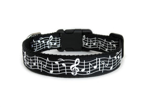 Backside of the Music Notes Dog Collar, displaying the pattern repeating itself along the collar