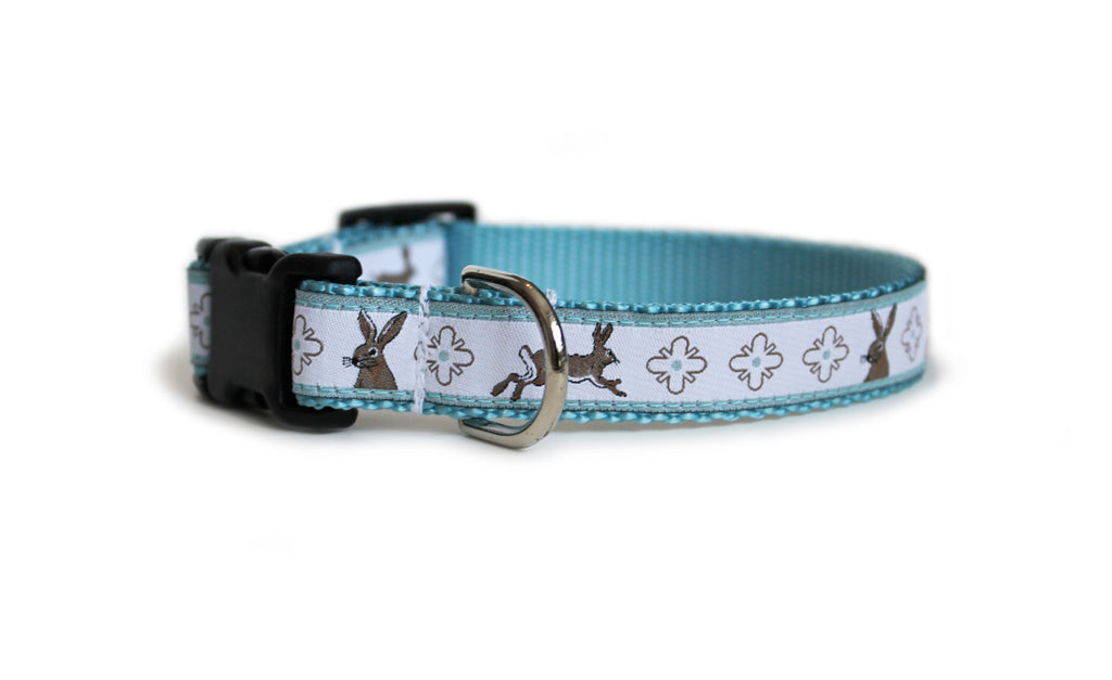The Bunny Trail Dog Collar, displaying the pattern repeating itself along the length of the collar.