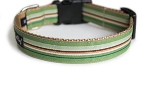 The back of the Finley Dog Collar, displaying the pattern repeating itself along the length of the collar.
