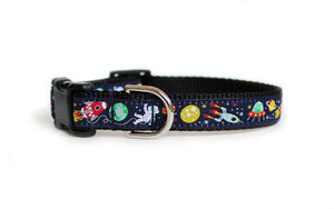 The Outer Space Dog Collar, displaying the pattern repeating itself along the length of the collar.