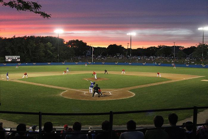 Looking at the Summer College Baseball Leagues in New England