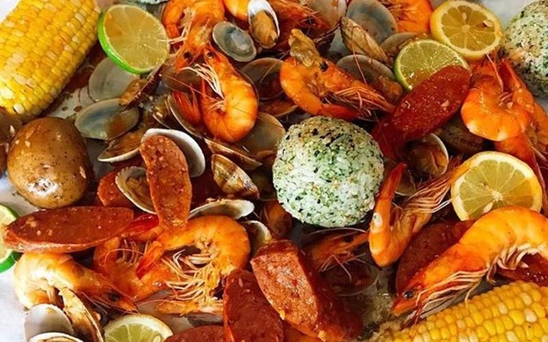 Cajun Seafood Is A West Coast Favorite & You Can Try It In Allston