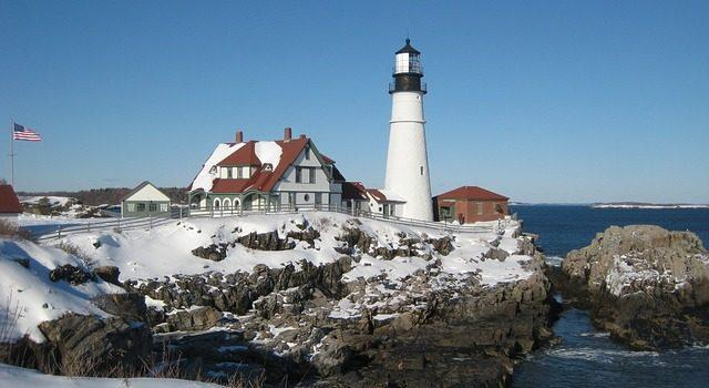 5 Oceanfront New England Cities For A Picturesque Winter Getaway