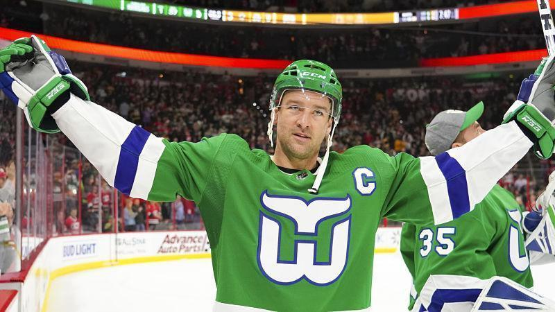 The Carolina Hurricanes broke out the Whalers jerseys!