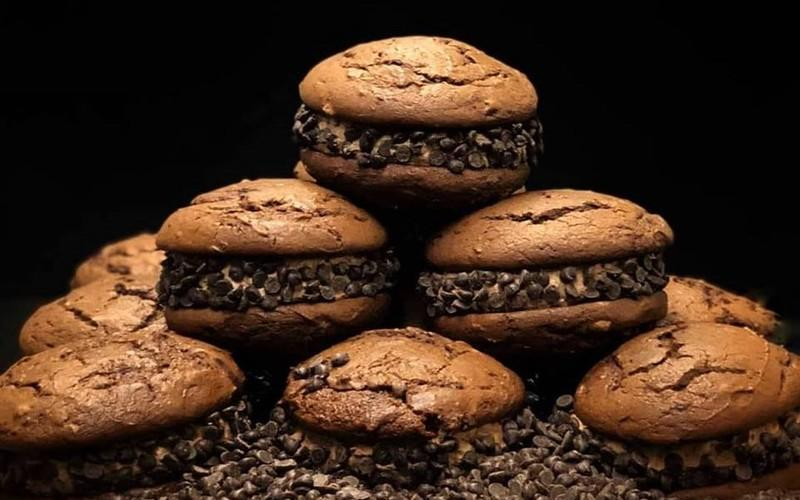 This Cape Cod Corner Store Makes New England's Best Whoopee Pies